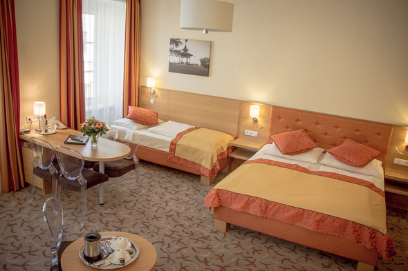 comfortable room at Hotel Drei Raben